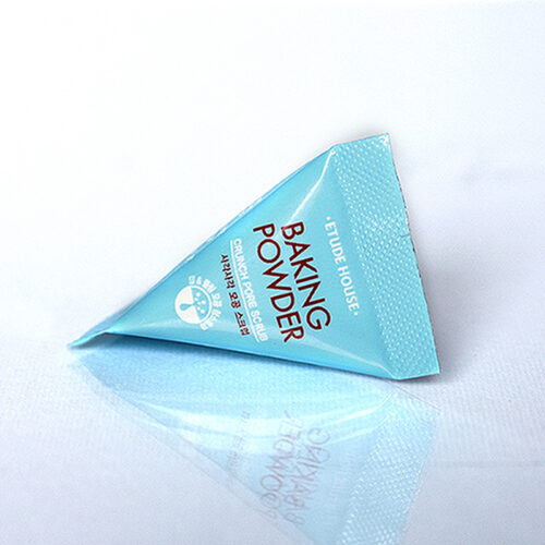 Etude House Baking Powder Crunch Pore Scrub 1